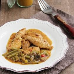 Plat cuisiné poulet au curry