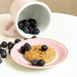 Biscuit protéiné à la myrtille et au son d'avoine