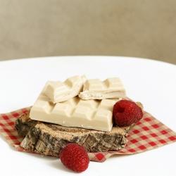 Tablette chocolat blanc protéiné fourrée à la framboise 90g