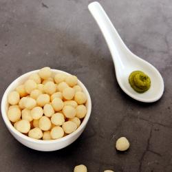 Snack salé boules soufflées saveur wasabi et miel